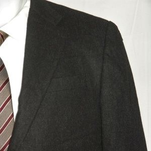 Hickey Freeman Cashmere Blend Two Button Suit 40R